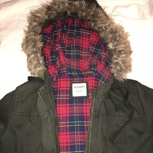 Old Navy army green jacket with faux fur hood